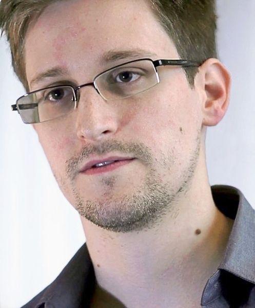 Fichier:Snowden.jpg